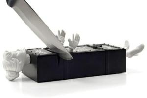 マジシャンもビックリ、人間包丁研ぎ器 - Sharp Act Knife Sharpener -