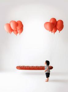 夢のある空飛ぶ風船のベンチ - Balloon Bench -