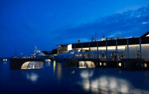 海の上ならどこまでも。電動ボートで自由に移動できるホテル - Botel -