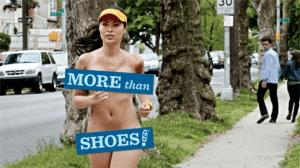 靴だけじゃなくて洋服もお願い!全裸女性の訴え広告 - More than Shoes -