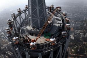 他界しそうなほど高い世界一の観覧車 - Guangzhou TV Tower -