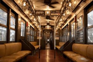 古い地下鉄を本当に走らせちゃう驚きのプロモーション - Boardwalk Empire -