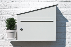 1台3役なポストとポット - Green Mailbox -