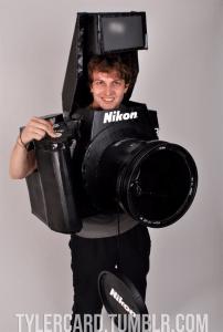 ハロウィンパーティでカメラマンに徹するための仮装 - Nikon D3 DSLR Costume -