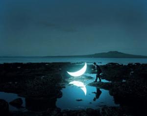 地上に落ちてきてしまったお月様 - Private Moon -