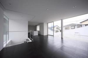切り取られた箱のようなユニークなお家 - kochi architect's studio -