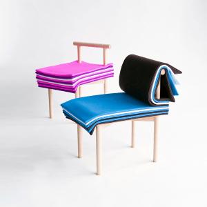 物語のようにめくって座るイス - Chair of Fairytales -