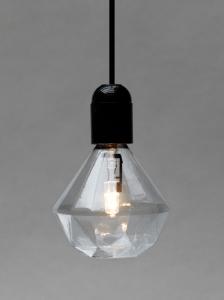ダイヤモンドの輝きをまとった裸電球 - Diamond Lights -