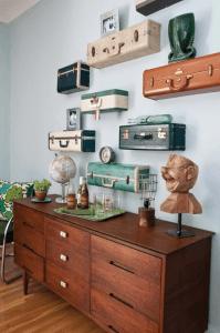 ヴィンテージスーツケースが素敵な飾り棚に - Vintage Suitcase Shelves -
