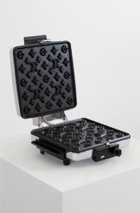 気分はセレブ!ルイ・ヴィトンのワッフルメーカー - Louis Vuitton Waffle Maker -