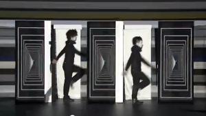 次世代型エンタテインメント集団による映像と融合するパフォーマンスがすご過ぎる - Shiro-A -