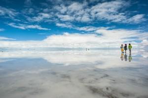 まさに天と地が繋がっている鏡の国。神秘的なウユニ塩湖 - uyuni -