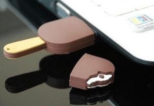 気分だけでも涼やかに!食べちゃいたくなるUSBメモリ - Chocolate Ice Cream Bar USB -