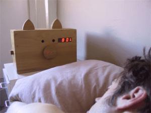朝が苦手な肉食人間にオススメの目覚まし - Bacon Alarm Clock -