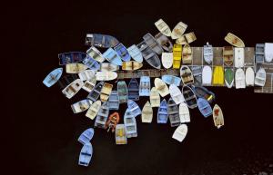 いろいろギュウギュウで壮観な航空写真 - Alex Maclean -