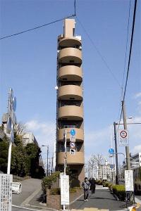 異様に薄っぺらい日本の建物 - Tiny Houses -