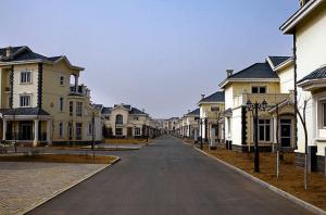 ゴーストタウン化した中国の高級住宅街 - Modern Ghost Town -