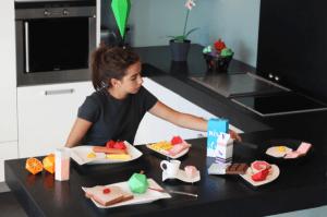 紙でできた朝食セット – Paper Breakfast -