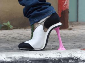 とても異常な形状のアートなハイヒール - kobi levi shoes -
