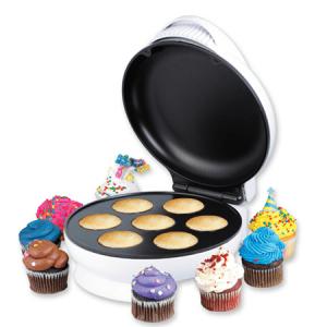 文化の違いを感じる機械 – Mini Cupcake Maker -