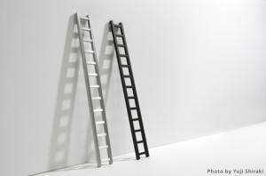 使われない時間をデザインされた定規 - Ladder Ruler -