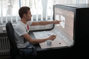 とても便利な未来の机 - bend desk-