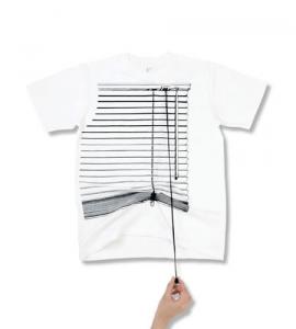 遊び心満載のTシャツ – Shikisai T-shirts -
