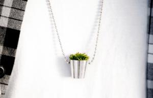 緑を育てるアクセサリー - Growing Necklace -