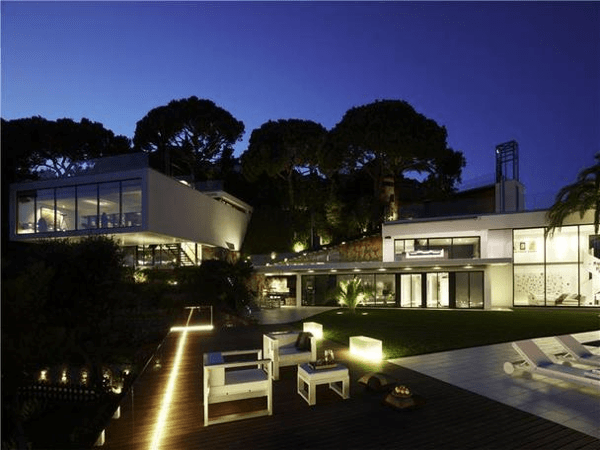 Spectacular designer house on Costa Brava