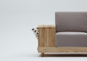 ステキな発想!ワンちゃんと一緒にすごせる犬小屋付きソファ - the dog house sofa -