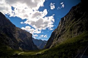 思いっきりドライブしたい!壮大な景色が楽しめる世界の道路 - The world's most spectacular roads -