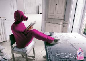 発想も柔軟すぎる!寒い冬にオススメのセーターの新しい着こなし方 - Rediscover The Softness Of Wool -