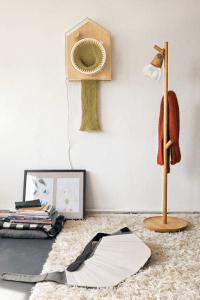 来年のクリスマスに向けて今日から!マフラーを編み続ける時計 - 365 knitting clock -