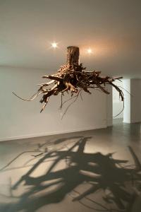 秘密の地下室みたい!天井から生える巨大な木の根っこシャンデリア - Tree Root Chandeliers -