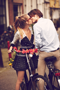雑誌のようなクオリティが素敵!かわいいあの娘とオシャレな自転車 - Girls on Bikes -