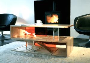 リビングに遊びの空間を。ドールハウスにもなるモダンなコーヒーテーブル - QUBIS HAUS -