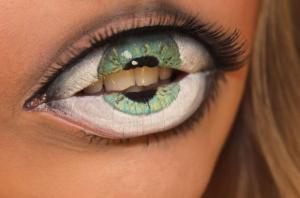 目は口ほどにものをいうとはまさにこのこと!怖すぎるリップメイク - Lip makeup like never before -
