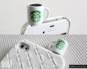 スタバ好きなら見逃せない!スマホにちょこっと乗っかるかわいいマグ - Miniature Starbucks Coffee Mug iPhone Plug -