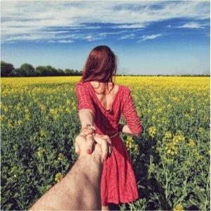 いけないことをしている気分になる。女性に手を引かれる気分を満喫できる写真 - Follow Me -