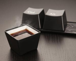 ステキな発想!仕事も強制終了して一息できるカップセット - Control-Alt-Delete Cup Set -