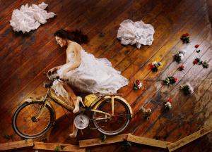 ステキ!想いは遠く離れた夫のもとへ。ファンタジーすぎるブライダルフォト - Bridal Model Fantasy Photo Shoot