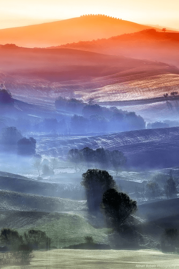 Prismatic Layers of Air in Tuscany