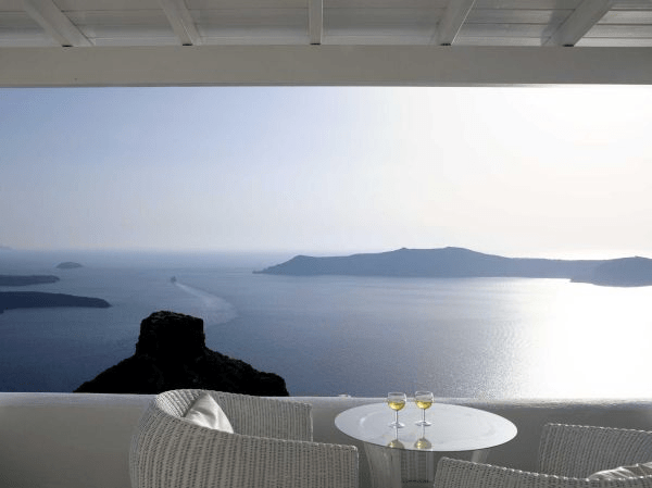 21 Hotel Balconies Features