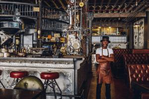 カッコよすぎる!ケープタウンのスチームパンク風コーヒーショップがヤバい! - TRUTH Coffee Shop In Cape Town