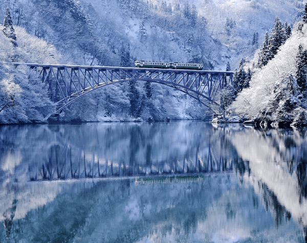長いトンネルを抜けるとそこは・・。この冬訪れたい美しすぎる白銀の世界 - The Winter