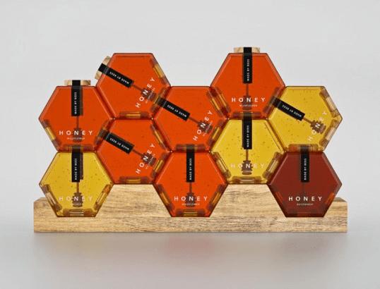 いろいろな積み方でかわいいパッケージ!おしゃれなハニカム構造の瓶のハチミツ - Hexagon Honey