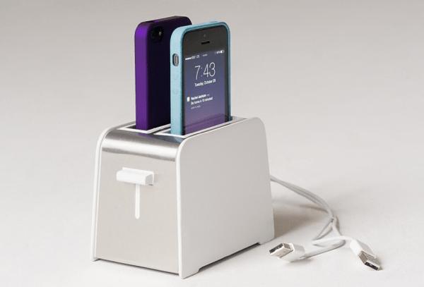 トースターみたい!キッチン使いに便利なかわいいiPhone用ドック - Foaster