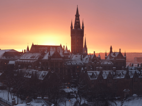 10 Uniquely Stunning College Campuses