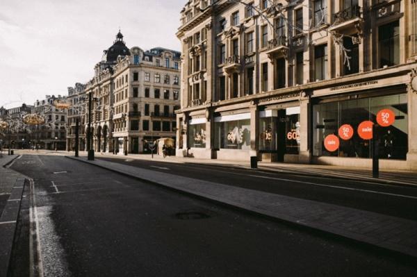 廃墟と化したロンドン。そして街からは誰もいなくなった。。 - Empty Silent London