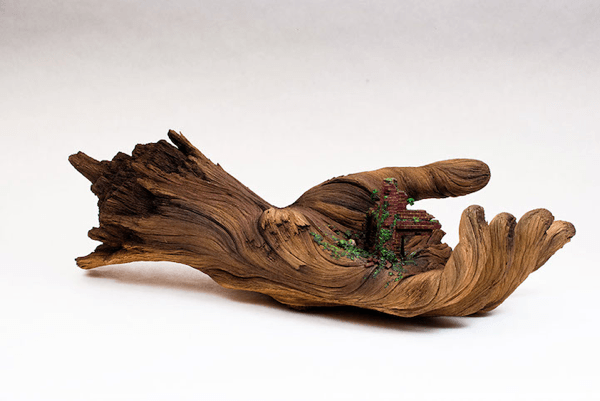 木製にしか見えない。。発掘された古代文明かのようなファンタジー過ぎるセラミック彫刻 - Unbelievable Ceramic Sculptures